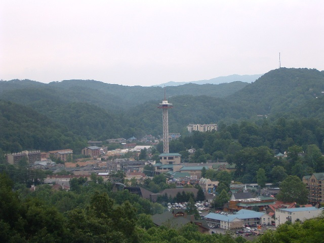 Gatlinburg, Tennessee. Photo courtesy: Blinutne