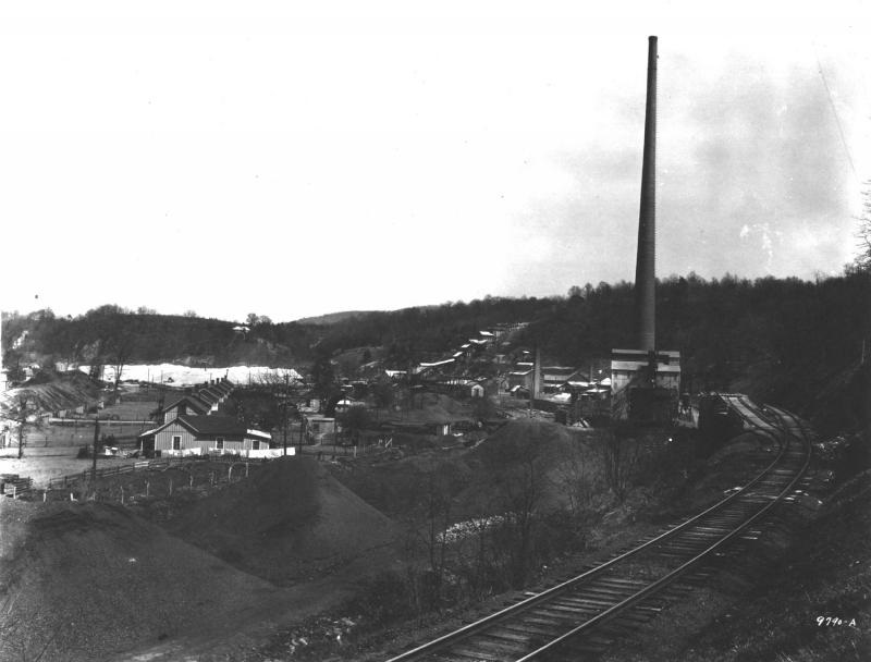 Bertha Mineral Company, Austinville, Virginia. Courtesy: Norfolk & Western Historical Photograph Collection