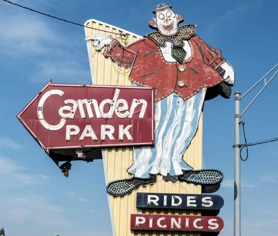 Highsmith, Carol M, photographer. The entrance sign to Camden Park, a 26-acre amusement park just outside Huntington, West Virginia. Huntington Huntington. United States West Virginia, 2015. -05-07. Photograph.